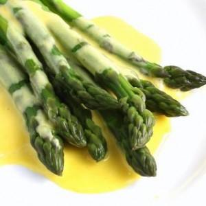 szparagi-sos-holenderski