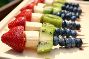 szaszłyki-owocowe